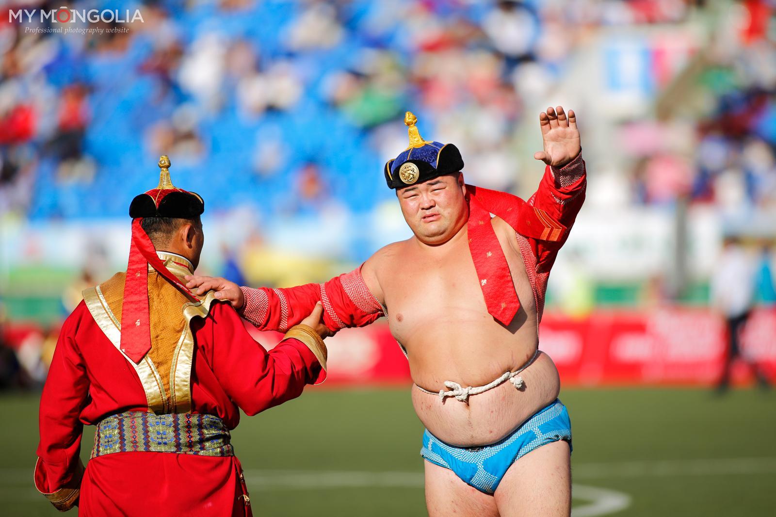 Монгол Улсын аварга Э.Оюунболд